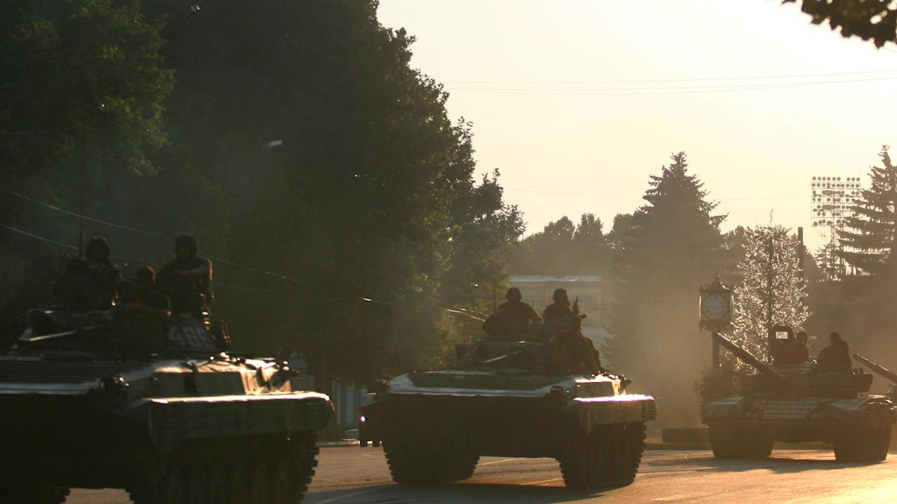 Руската армия проведе военни учения в Таджикистан, близо до границата с Афганистан