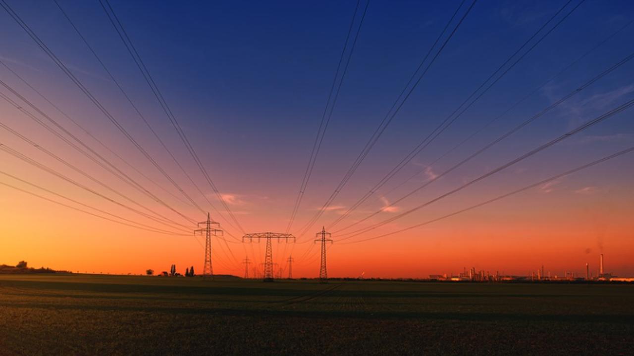 БЕХ: Една трета от произвеждания у нас ток се изнася за съседни страни