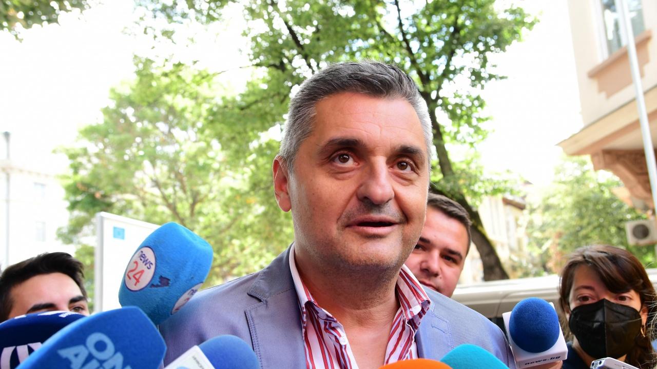 Кирил Добрев: БСП ще върнемандата, ще гледаме моноспектакъл на Нинова