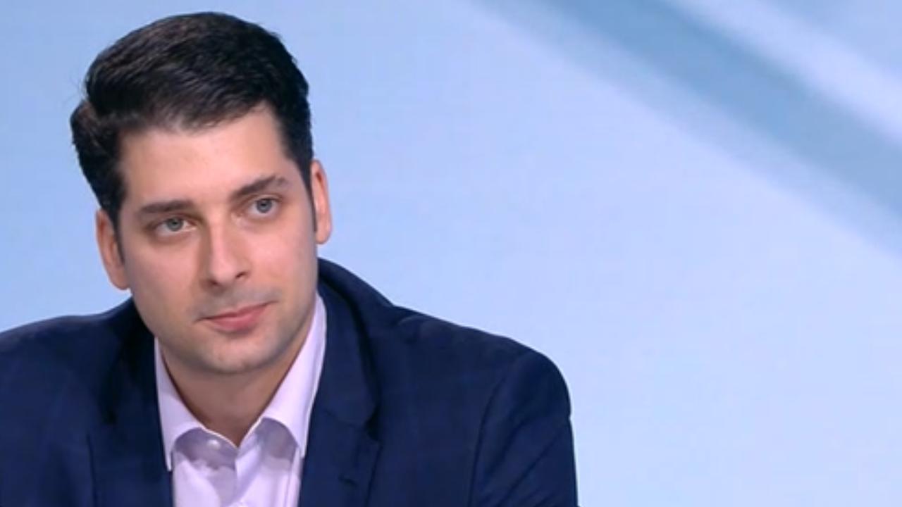 Атанас Пеканов: Кирил Петков и Асен Василев са големи професионалисти, подкрепям ги