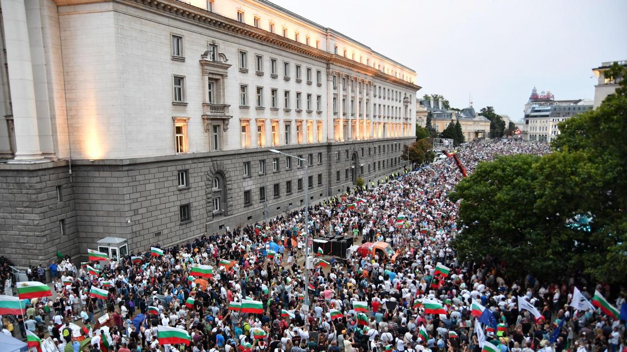 Навършва се една година от протестите срещу Гешев и кабинета на Борисов