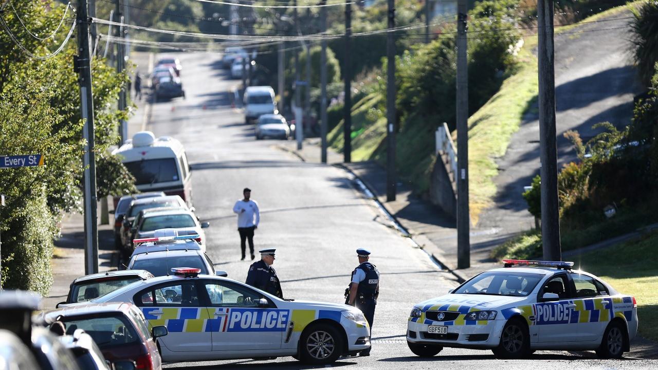 Мъж рани сножшестима в Нова Зеландия и бе застрелян