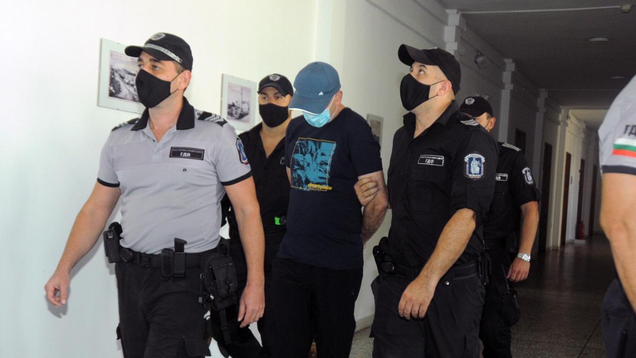 Помагачът на Станимир Рагевски в убийството на Юмер Мехмед беше доведен с конвой в съда