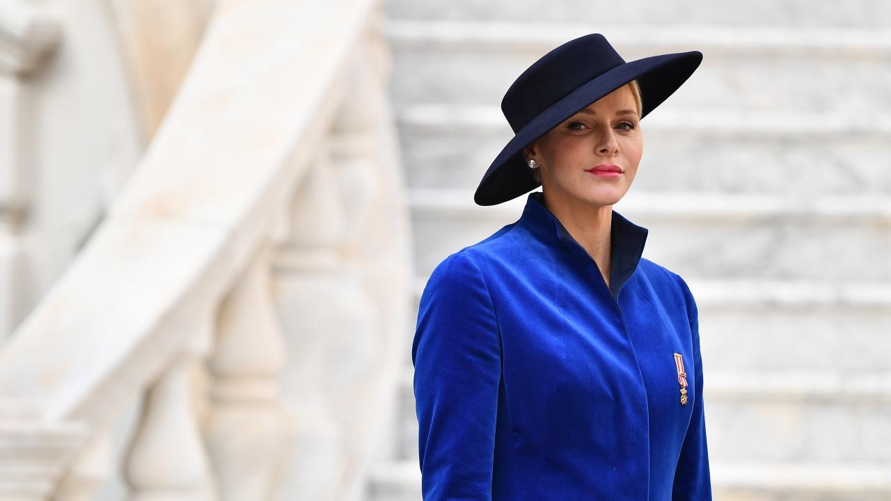 Принцесата на Монако Шарлен е приета по спешност в болница