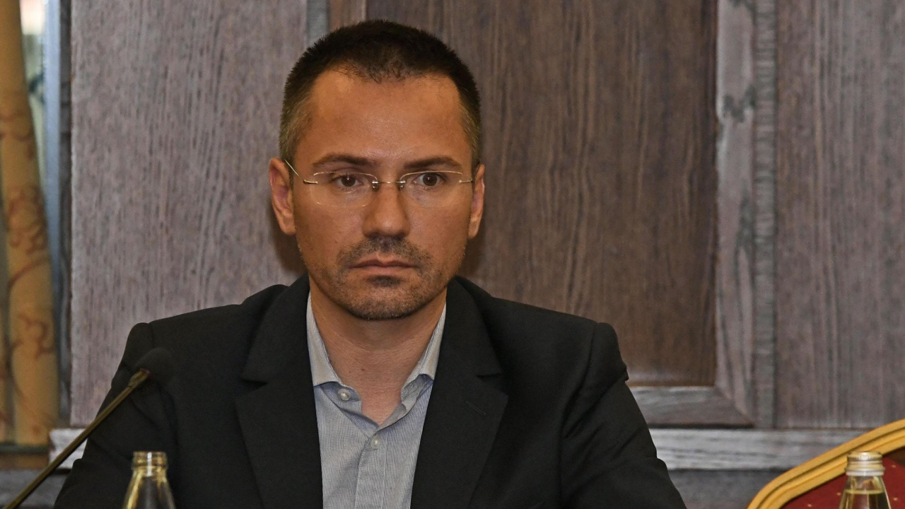Ангел Джамбазки: Нужно е разполагане на жива сила по границата заради мигрантите