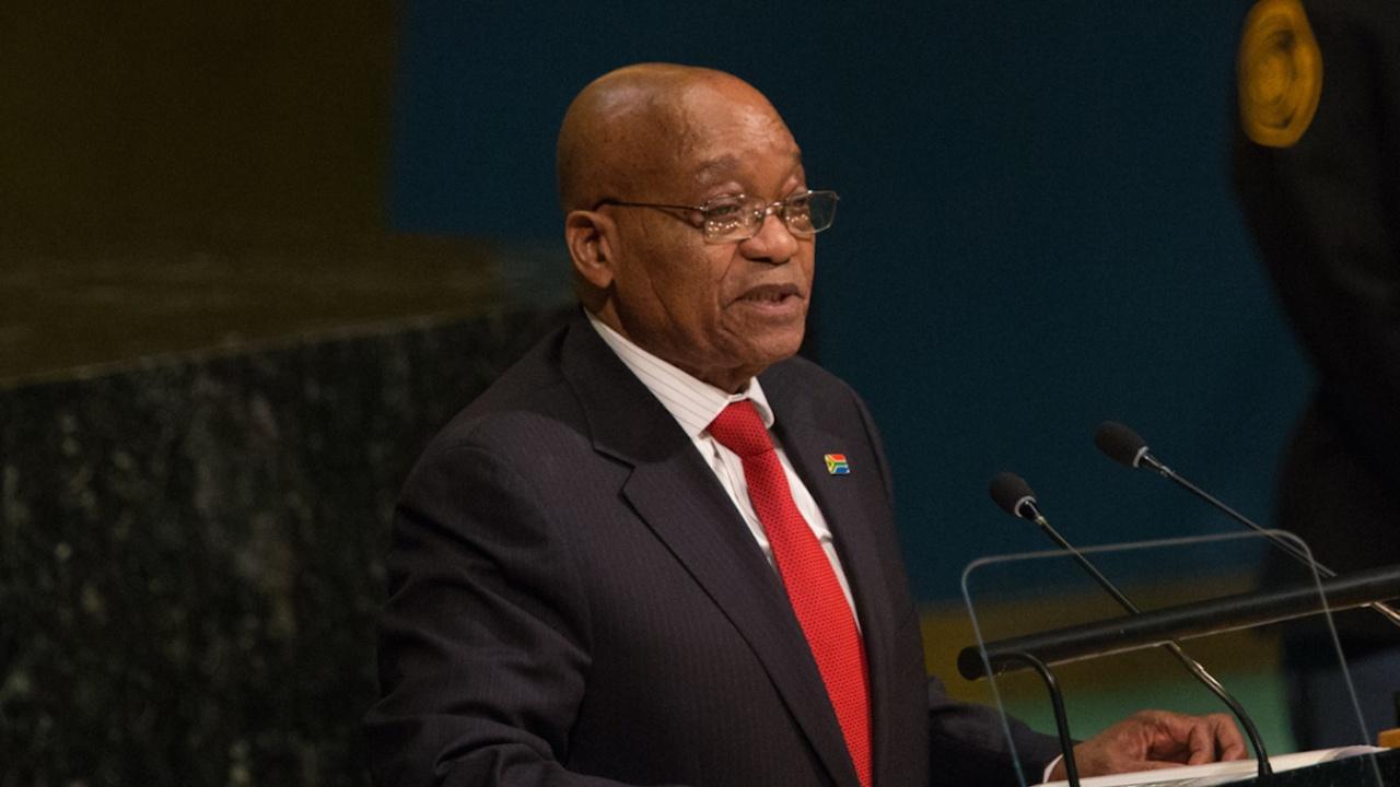 Бившият южноафрикански президент Джейкъб Зума е освободен предсрочно под гаранция