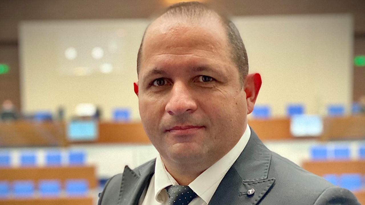 Войната ГЕРБ - Радев се разгаря, депутат на Борисов заплаши президента с настоящия главен прокурор