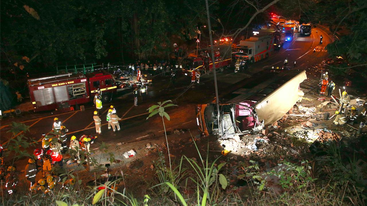 Десетки бяха убити и ранени при автобусна катастрофа в Боливия