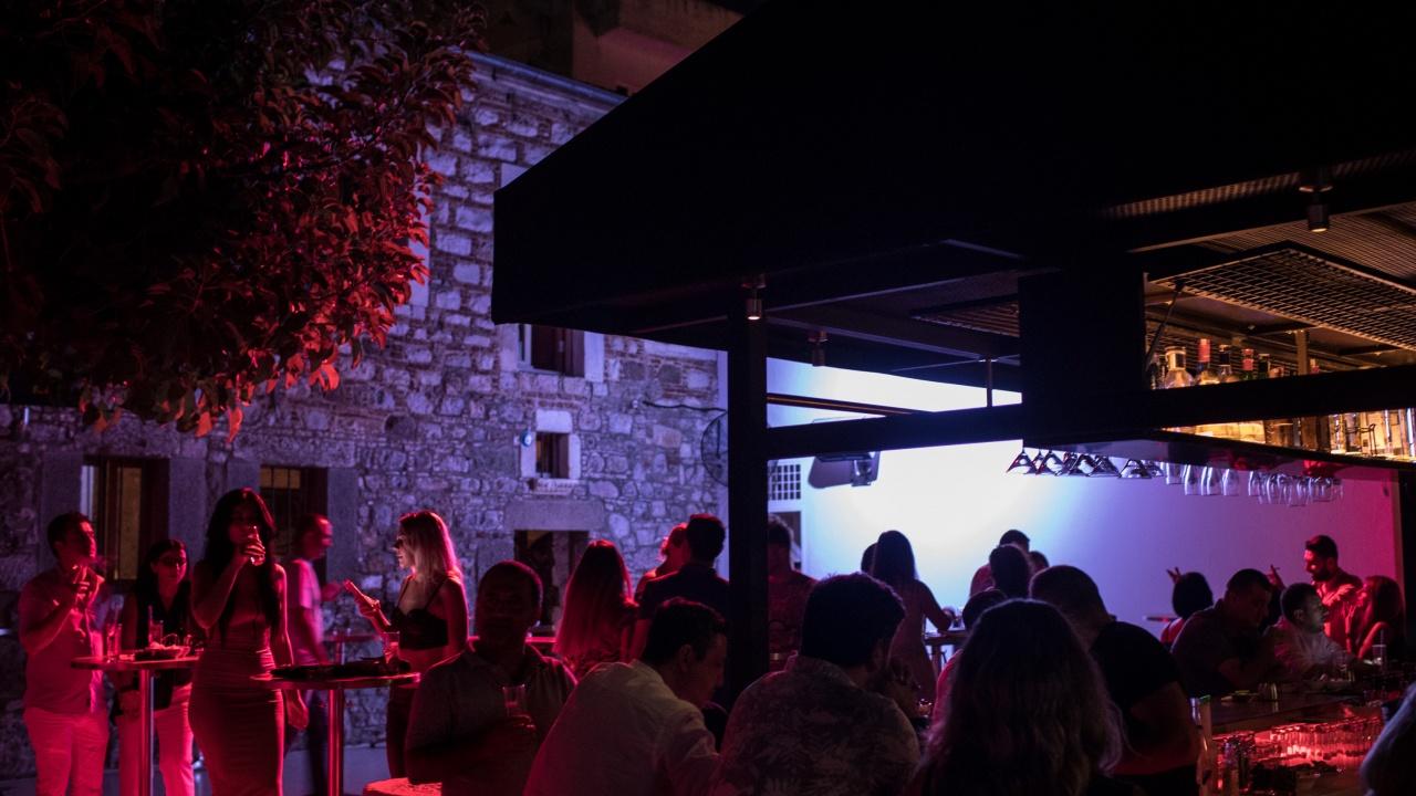 Пловдив не спази забраната за работа на нощните клубове