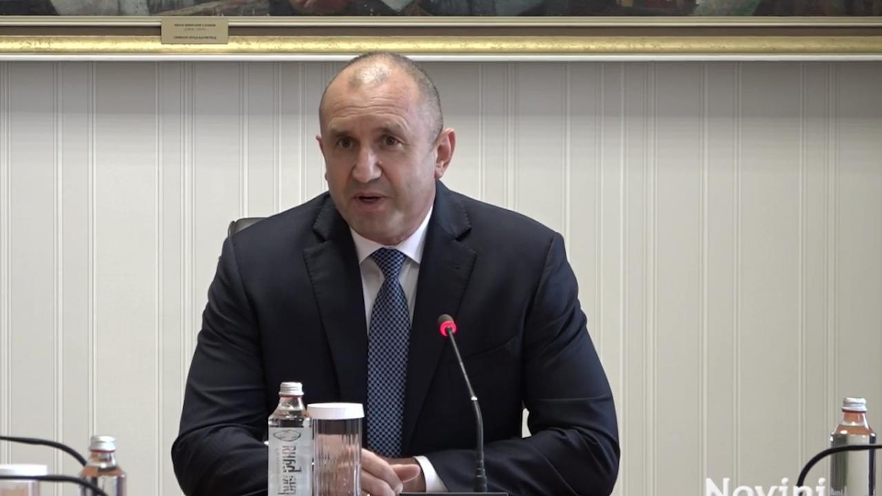 Румен Радев обсъди с ЦИК може ли да има избори 2 в 1 и колко ще струва