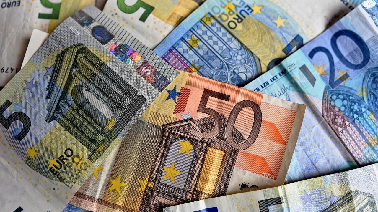 Две германски министерства бяха претърсени във връзка с разследване за пране на пари
