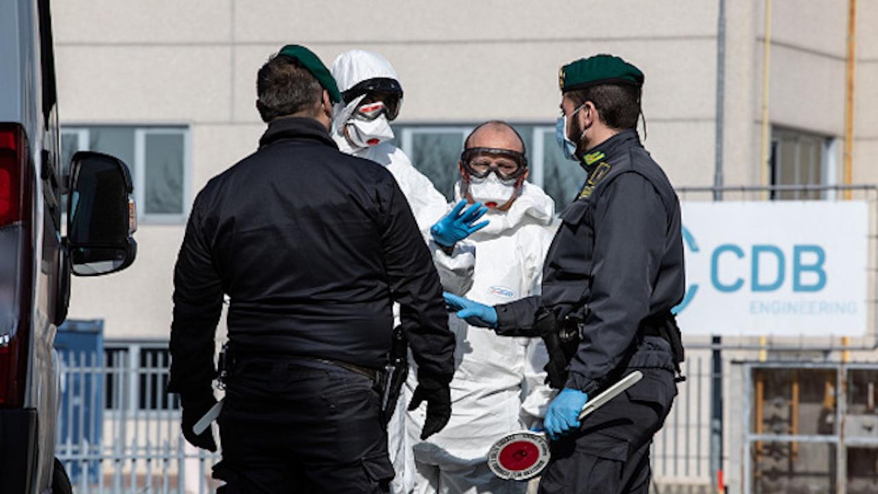 Случаите на COVID-19 в Испания спаднаха под рисковото ниво