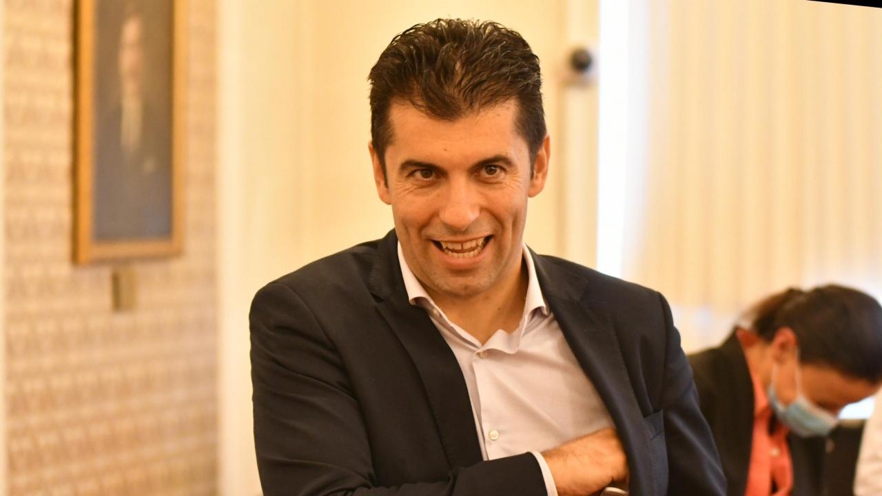 Кирил Петков разкри дали е коментирано следващо служебно правителство при президента