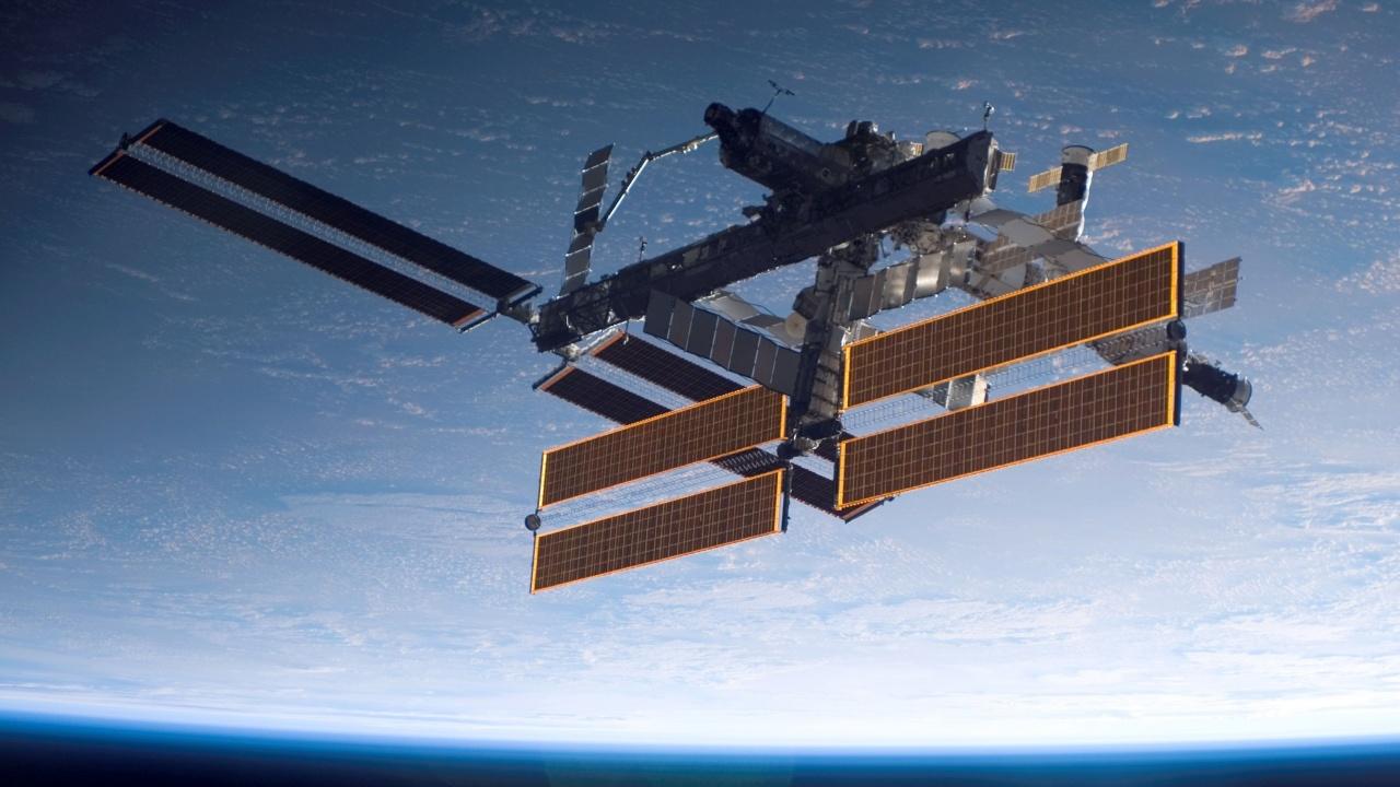 Космонавтите на МКС изхвърлиха боклук в открития космос