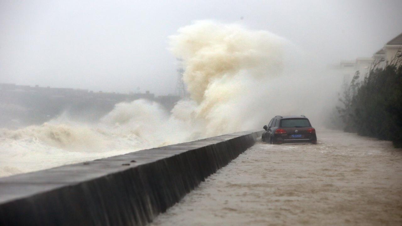 Супертайфун заплашва Филипините и Тайван