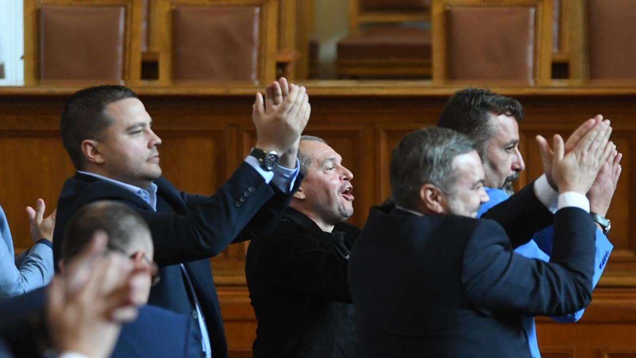 Боряна Димитрова: Партиите надминаха най-лошите очаквания на избирателите