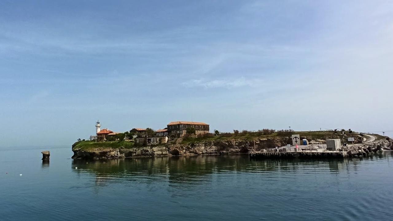 Завършено е строителството на новия кей на остров Света Анастасия