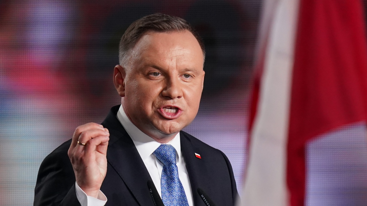 Полският президент отказва да се срещне с Меркел по време на визитата ѝвъв Варшава