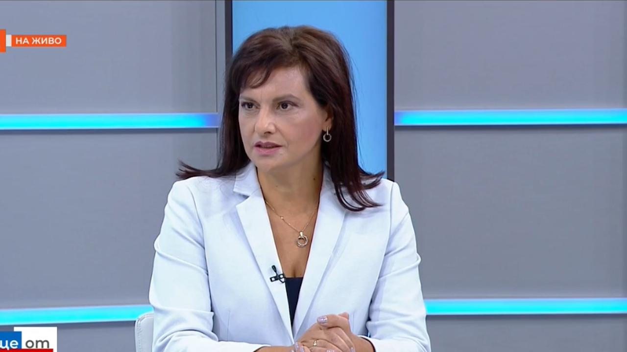 Даниела Дариткова: Държавата в момента е подчинена изцяло на амбицията на Румен Радев