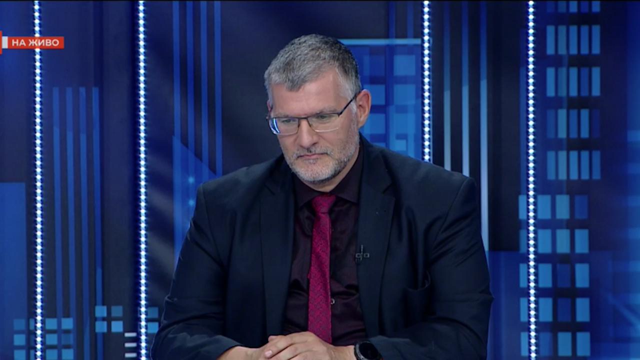 Проф. Момеков: Трябва да мислим за COVID мерките, като за акт на върховно човеколюбие, а не като за вид репресия