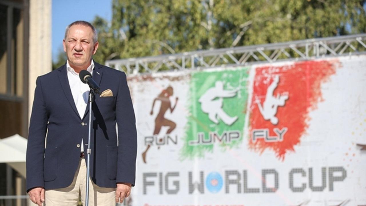 Министър Кузманов откри първата за страната ни Световна купа по паркур