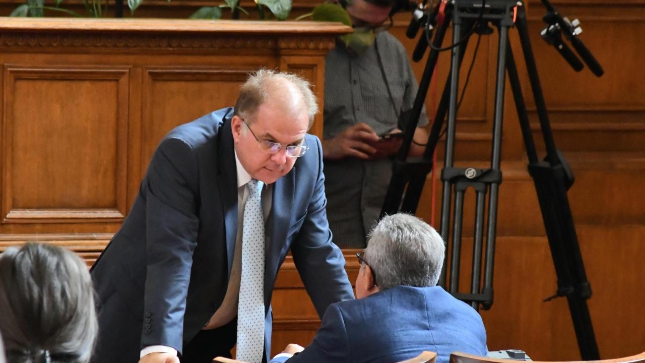Радомир Чолаков: Разумно правителство не виждам без участието на ГЕРБ
