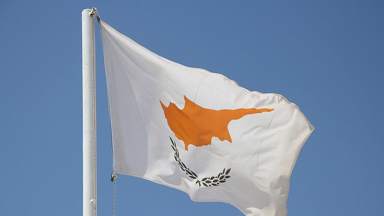 Драстични глоби в Кипър за неспазване на противоепидемичните мерки