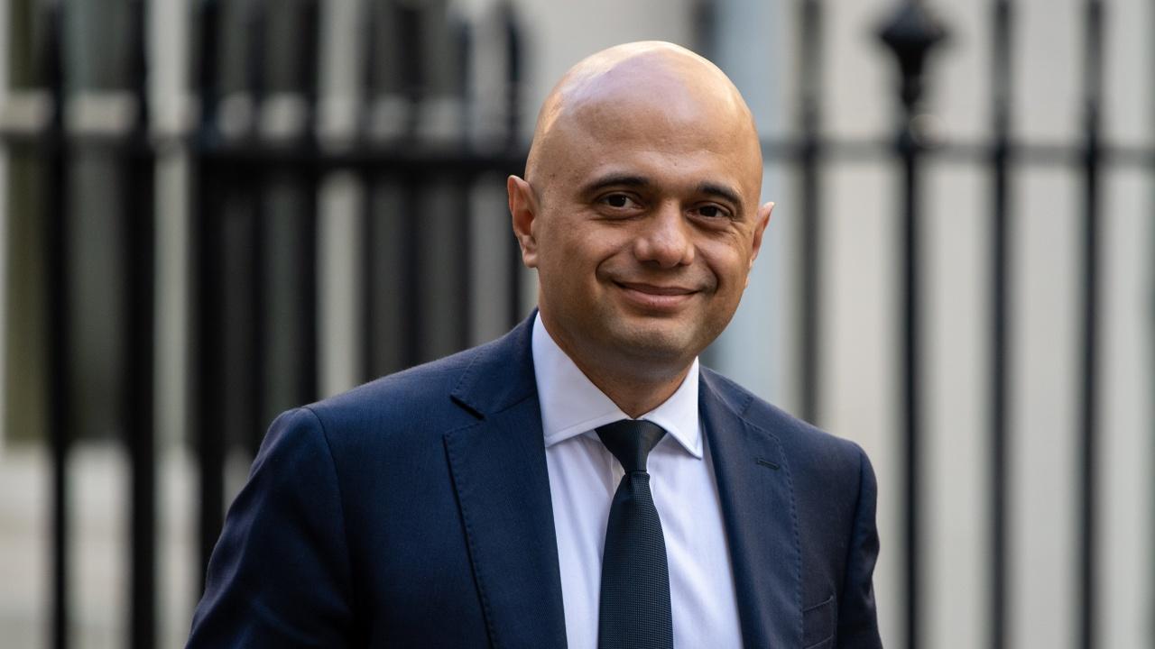 Британското правителство не планира локдауни и ваксинационни паспорти