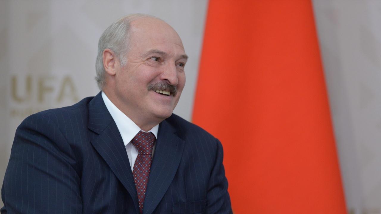 """Лукашенко изрази задоволството си от руско-беларуските военни учения """"Запад-2021"""""""