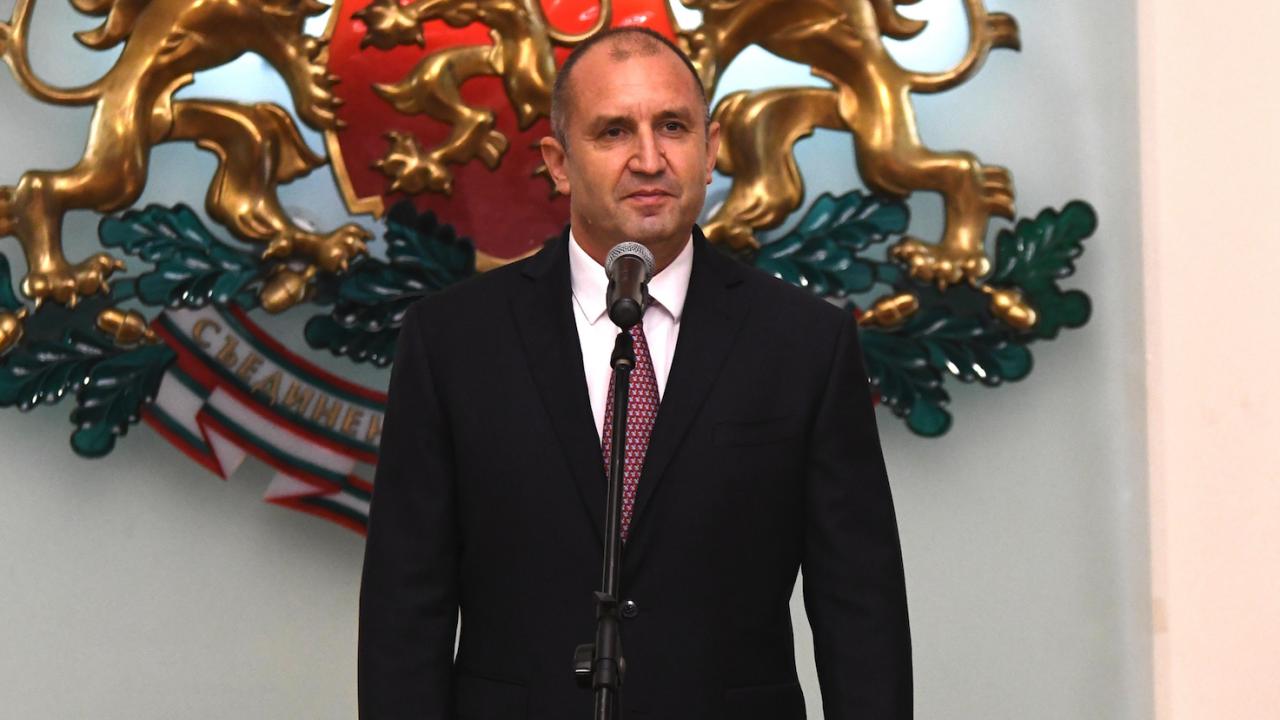 Президентът ще разпусне НС и ще назначи служебно правителство на 16 септември