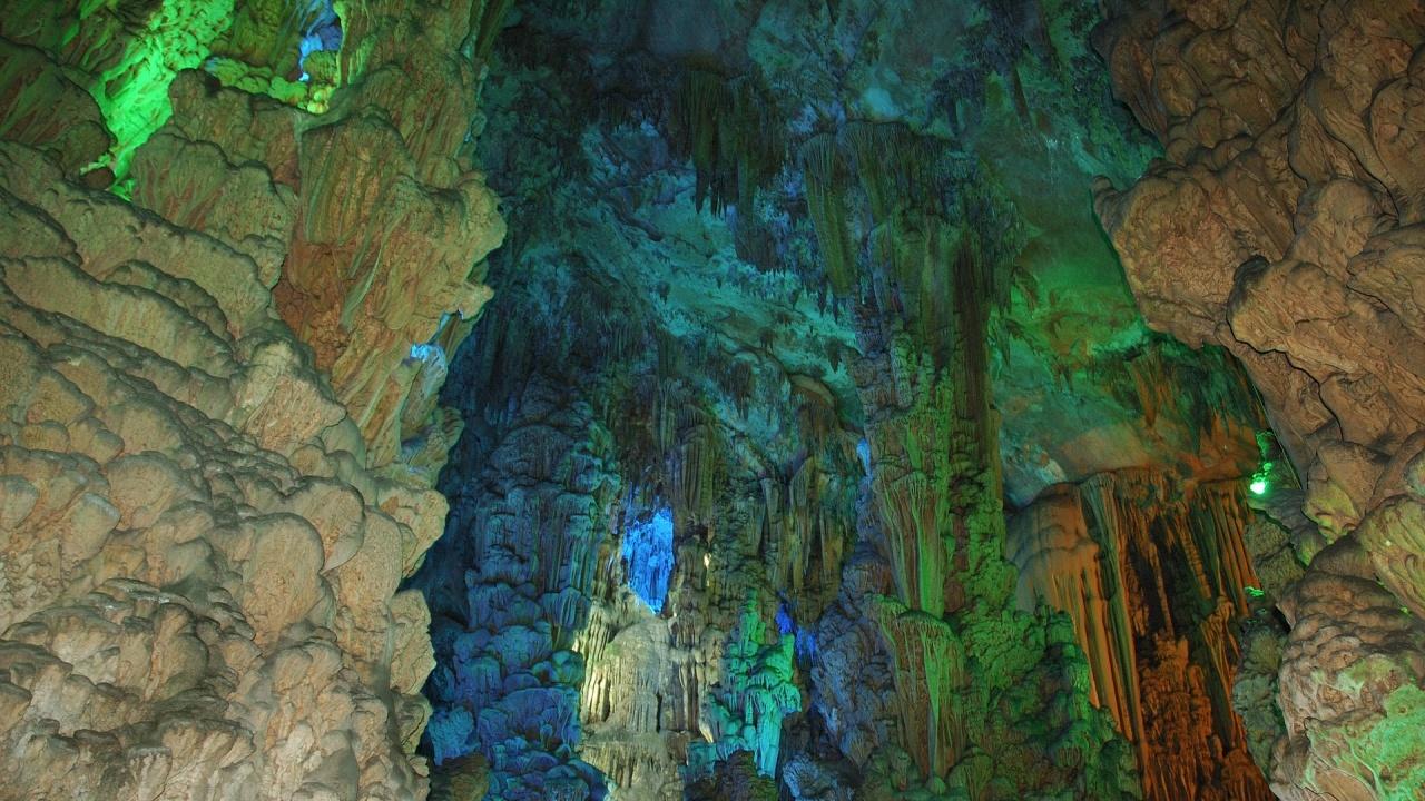 """Най-дългата и красива пещера на Шуменското плато - """"Бисерна"""", няма да бъде отворена за посещения и тази есен"""