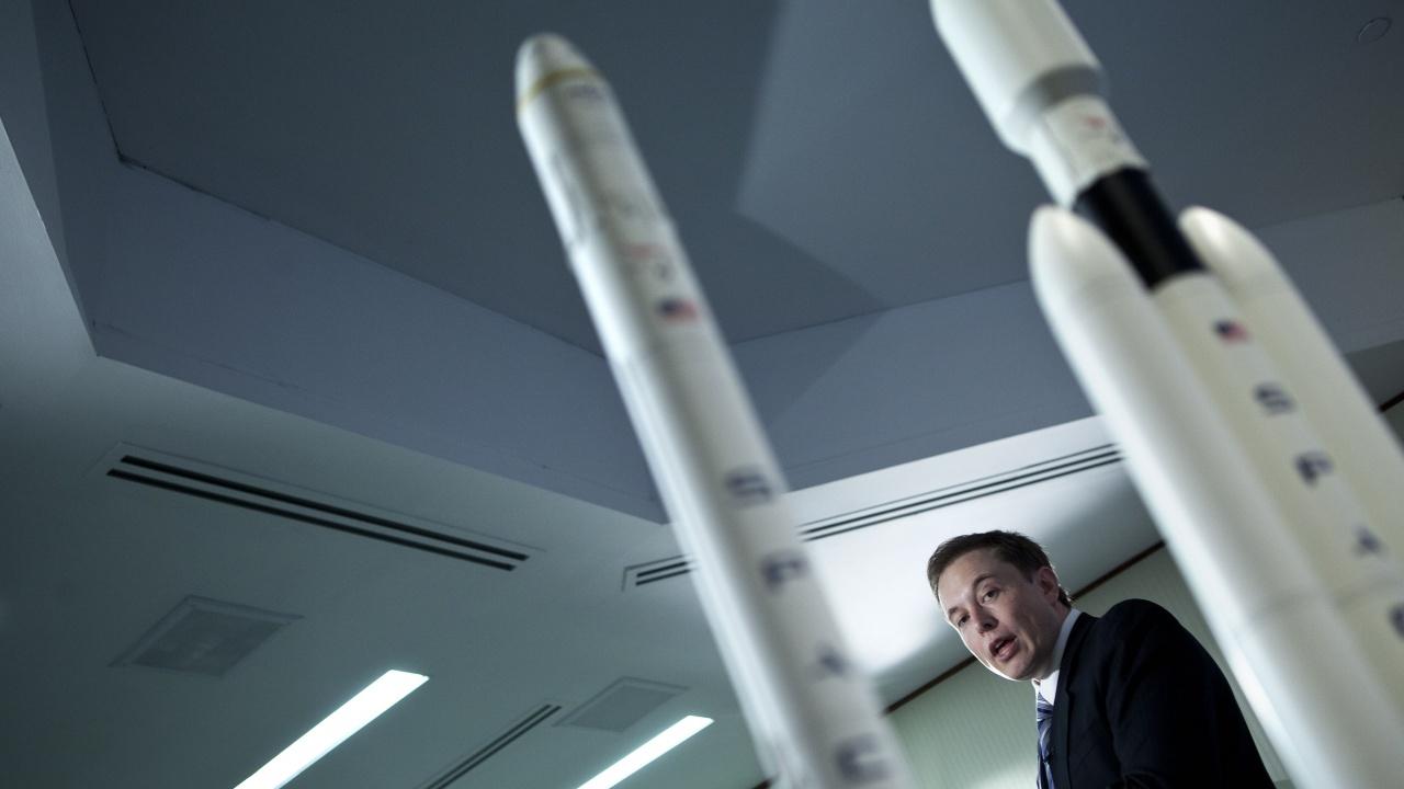 Space X е готова да изстреля първия изцяло цивилен екипаж на орбита