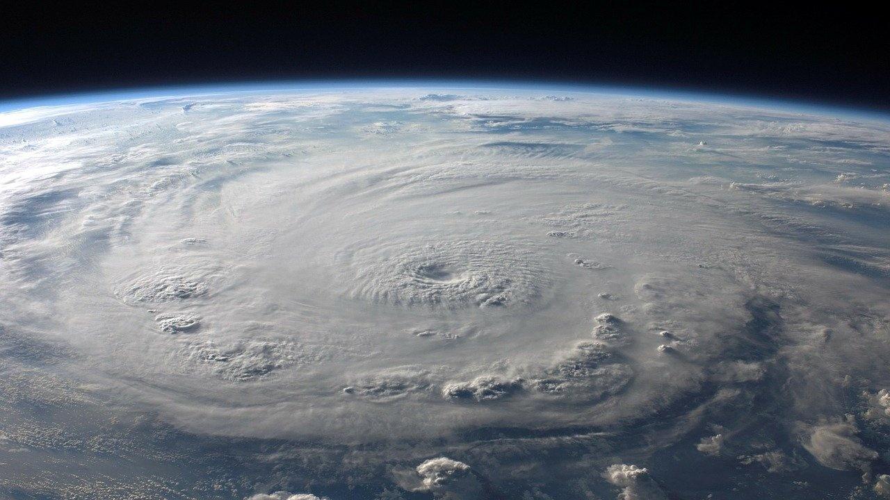 Ураганът Никълъс връхлетя щата Тексас