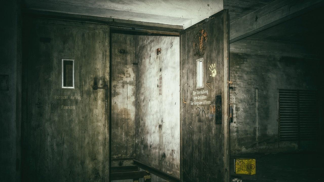 На зловеща находка се натъкнаха техници в асансьор, неработещ от 24 години