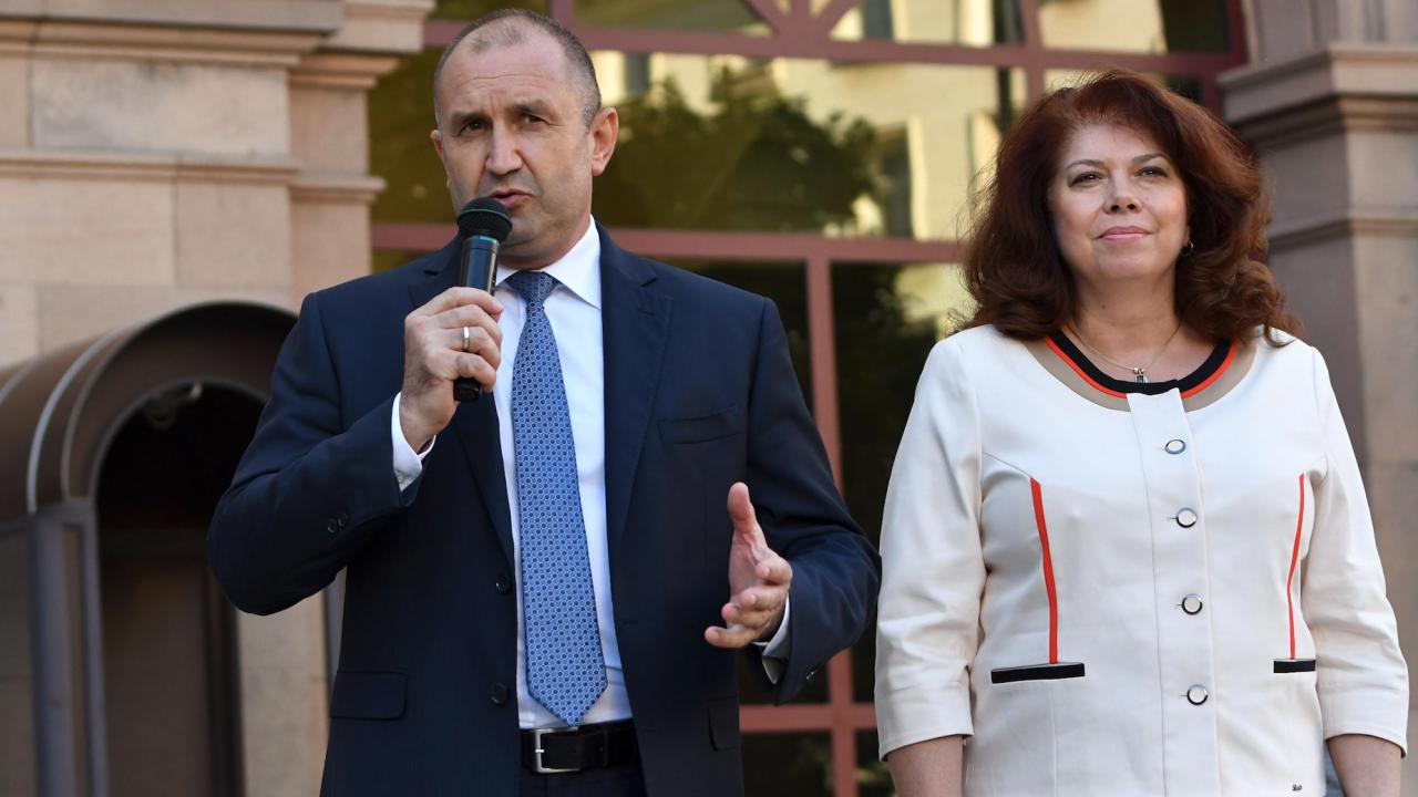 Радев открива новата учебна година в Пазарджик, Йотова в Благоевград