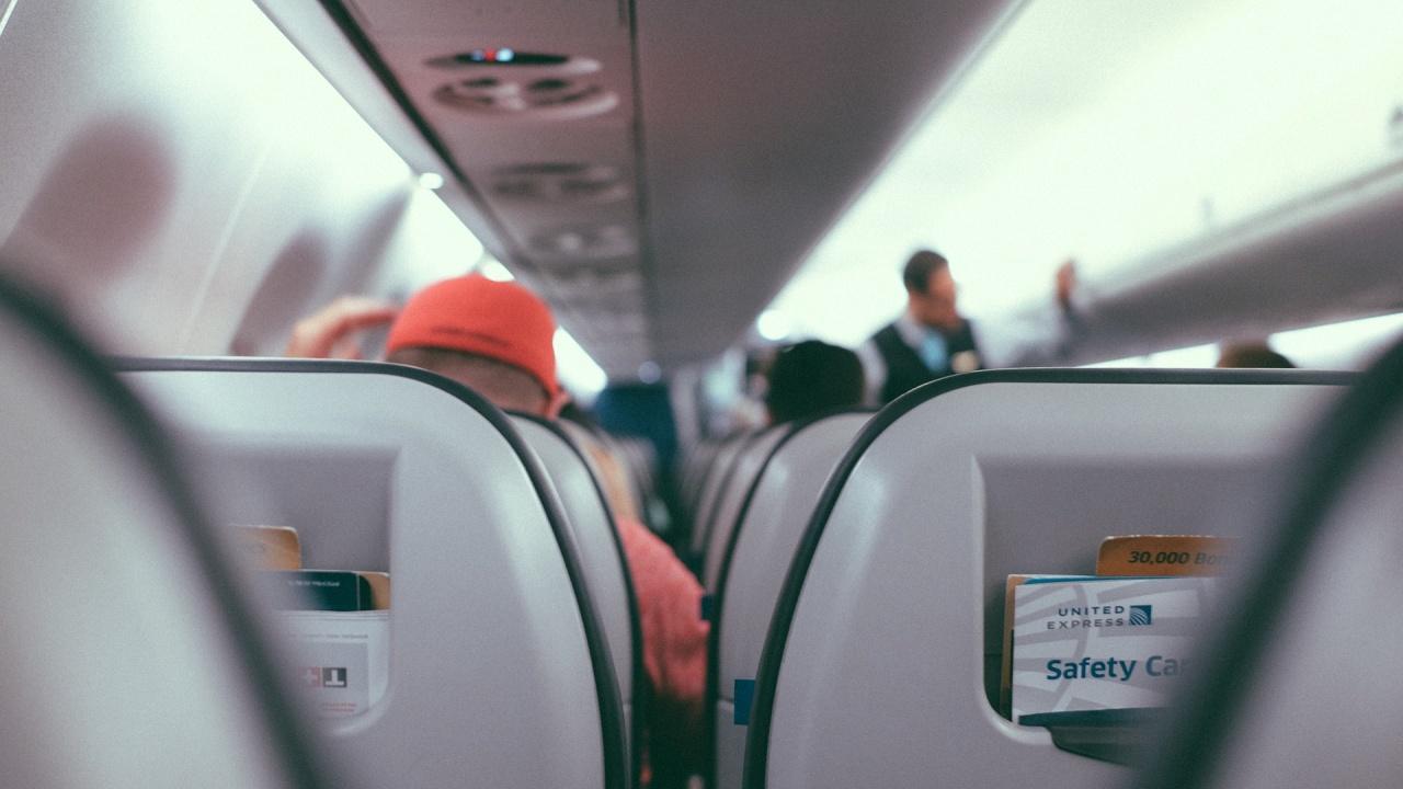 Искат отрицателен тест и за 4-годишните в Гърция за полет със самолет