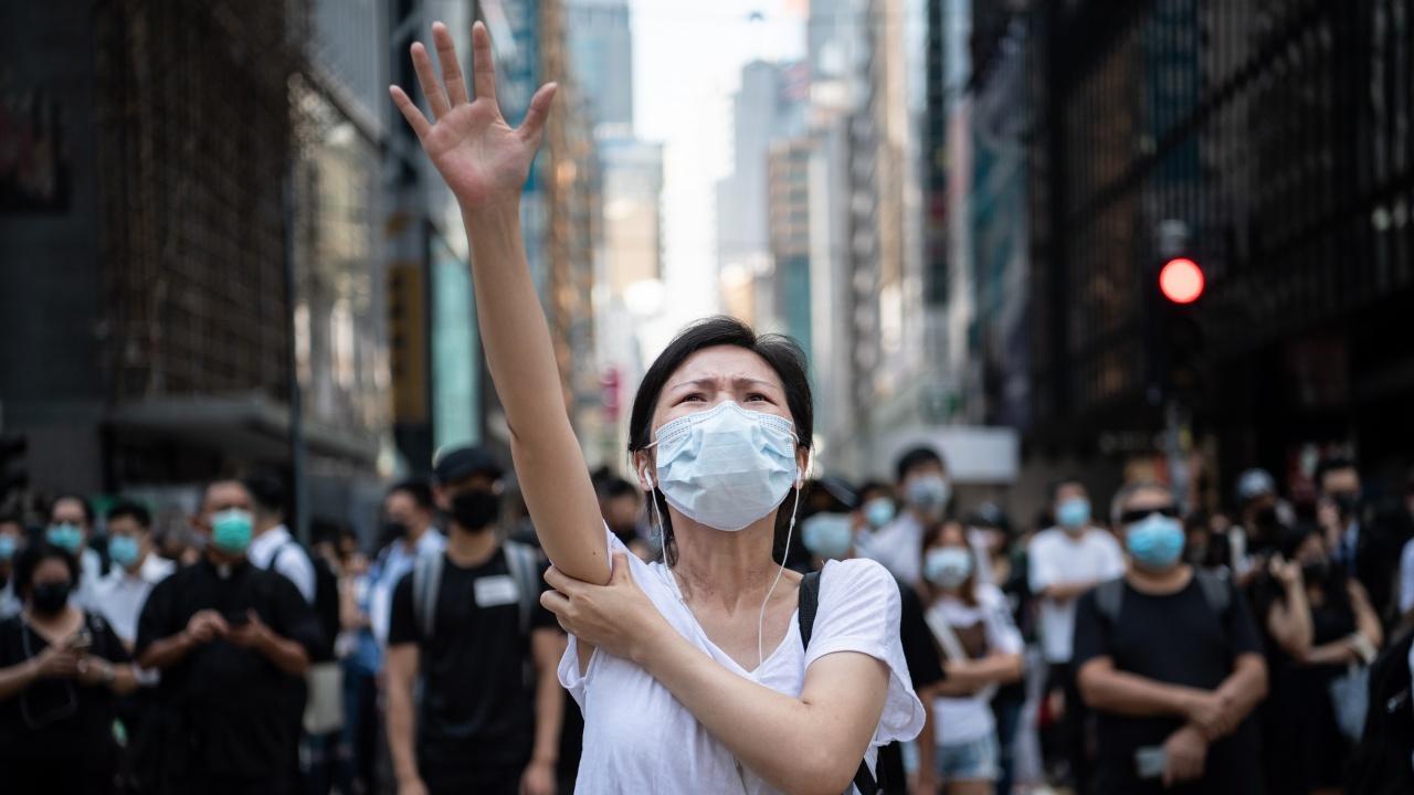 """Хонконг осъди 9 активисти, участвали в бдение за жертвите от """"Тянанмън"""""""