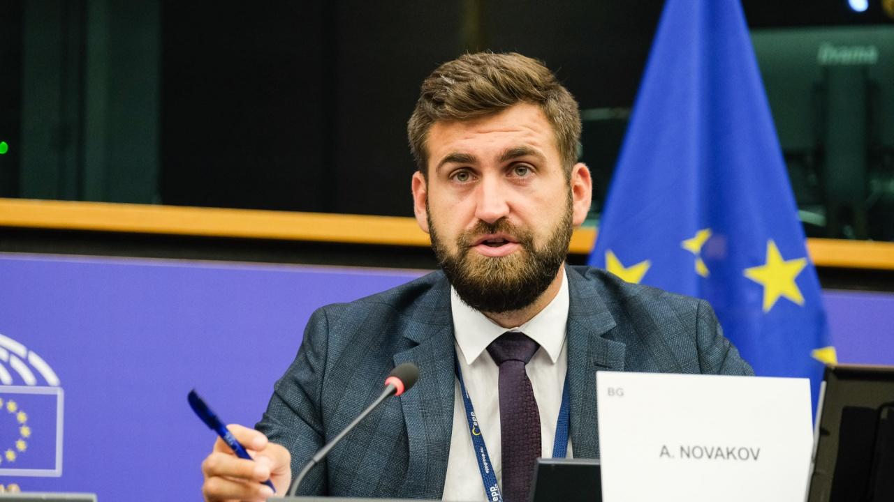 """И ГЕРБ/СДС ще гласуват срещу популистка резолюция на """"Зелените"""" в ЕП"""