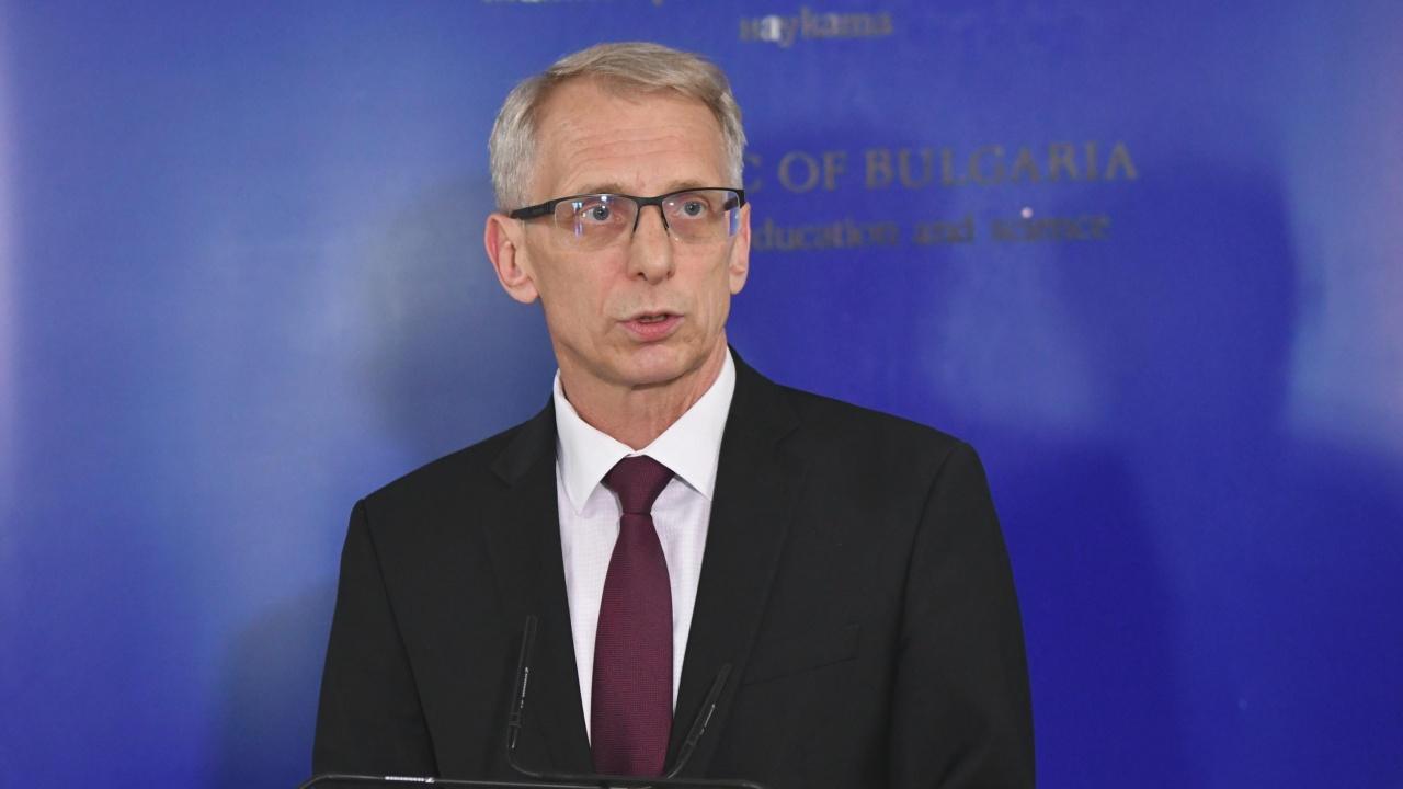 Денков би подкрепил нов политически проект наПетков и Василев