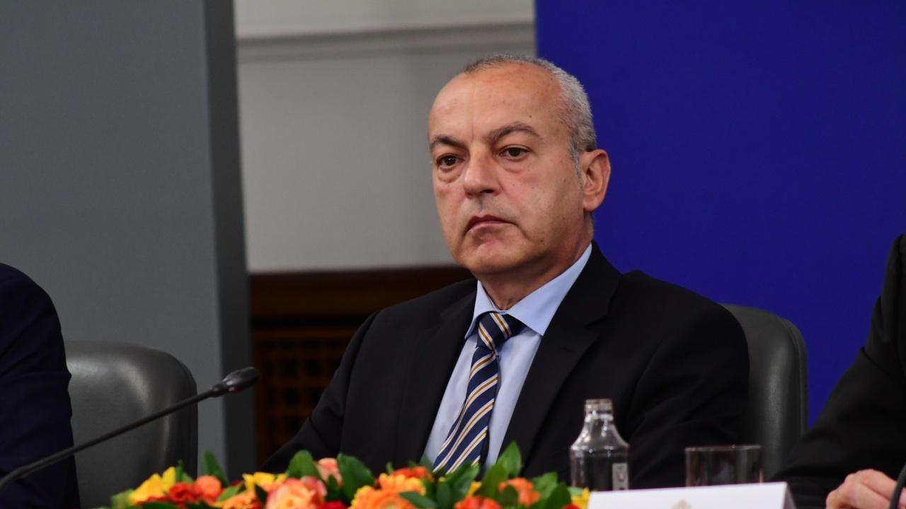 Гълъб Донев припомни част от постиженията на служебния кабинет в социалната сфера