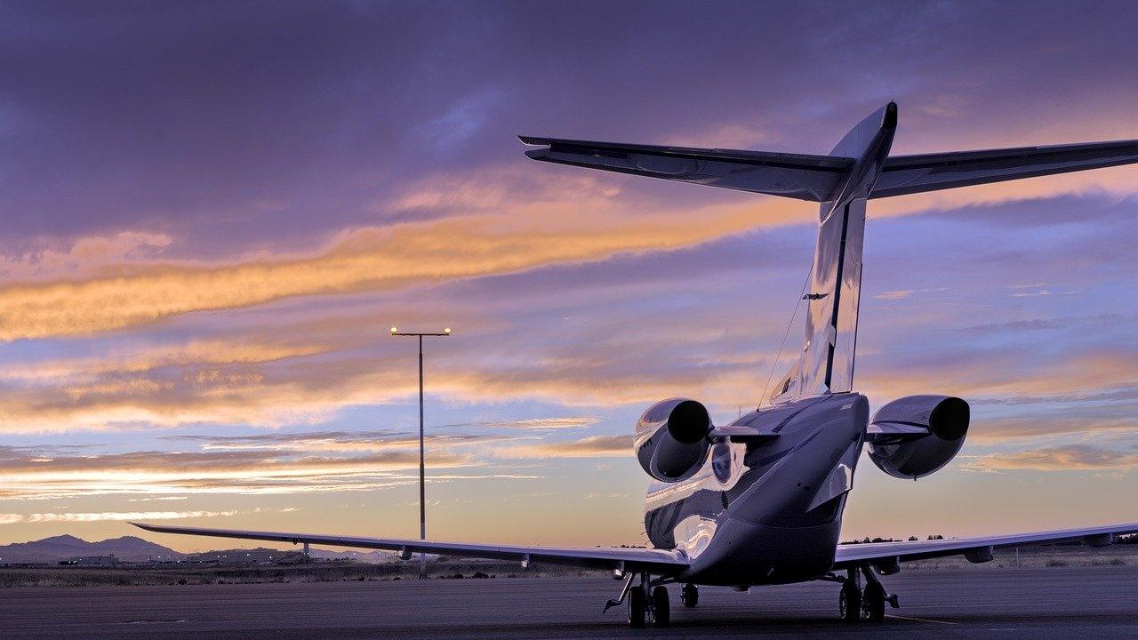 Пътническият самолет, извършил аварийно кацане в Санкт Петербург