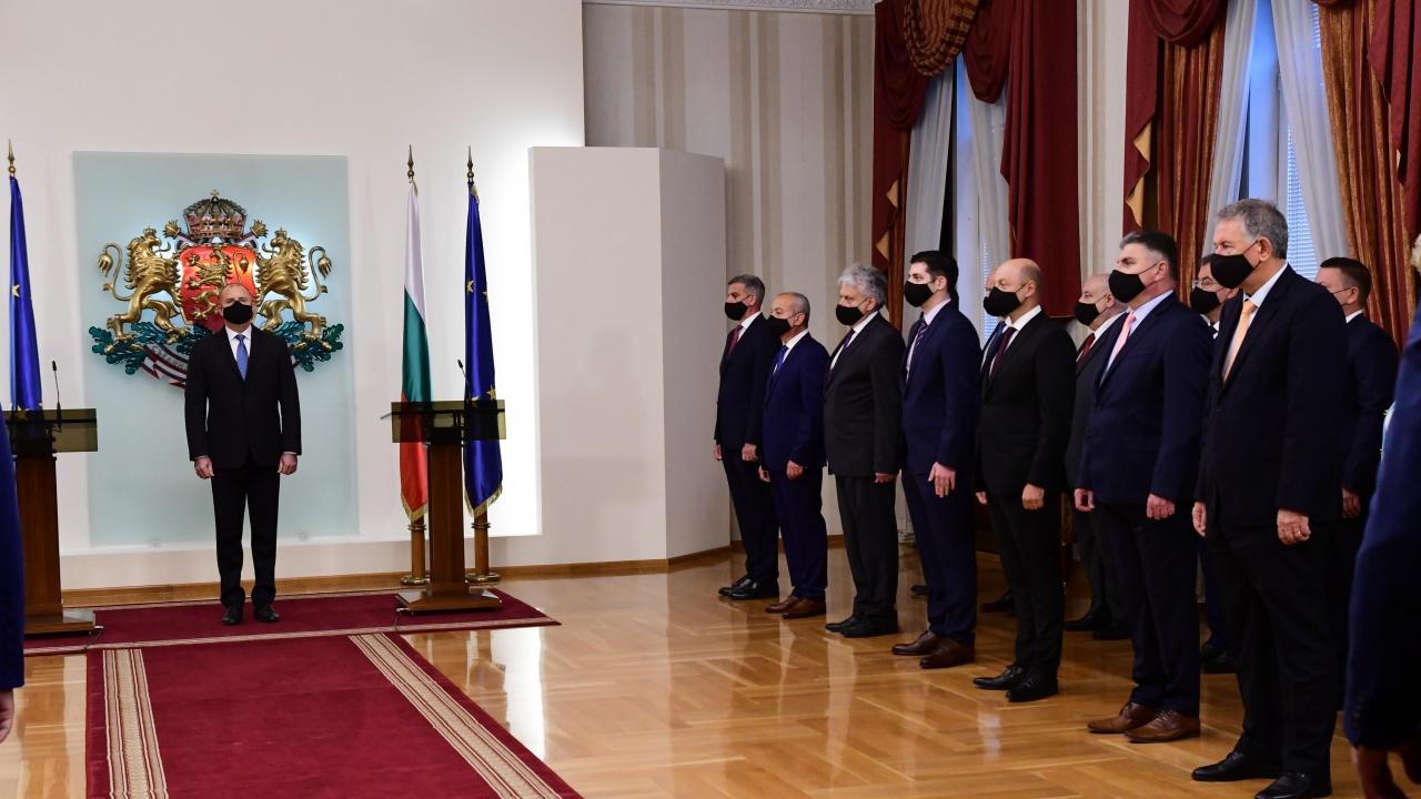 Радев представи новото служебно правителство: Капитал за политическото бъдеще на България