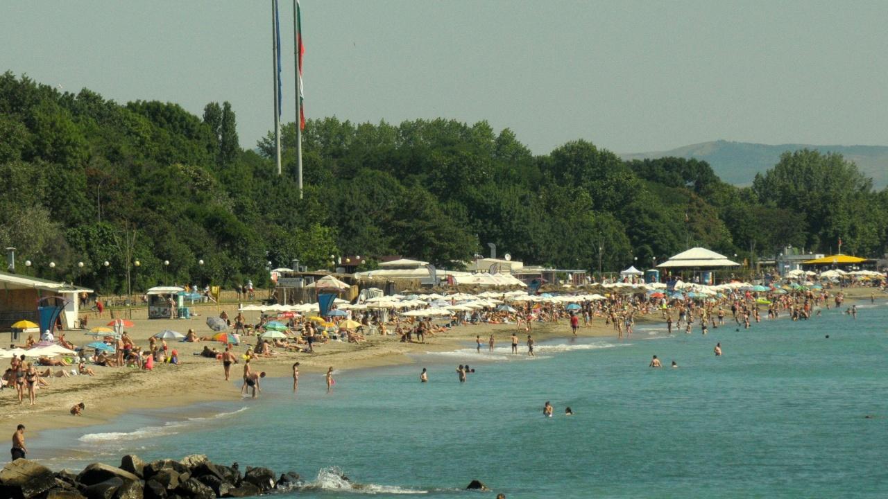 МОН: Спрените безплатни почивки ще могат да се състоят през 2022 година