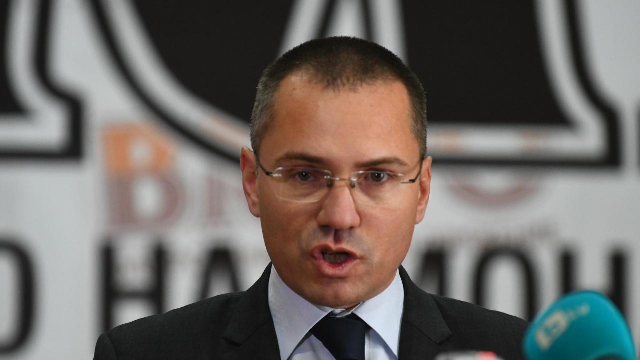 ВМРО: Благодарение на Джамбазки ЕП не прие резолюция, която обричаше на смърт скотовъдство ни