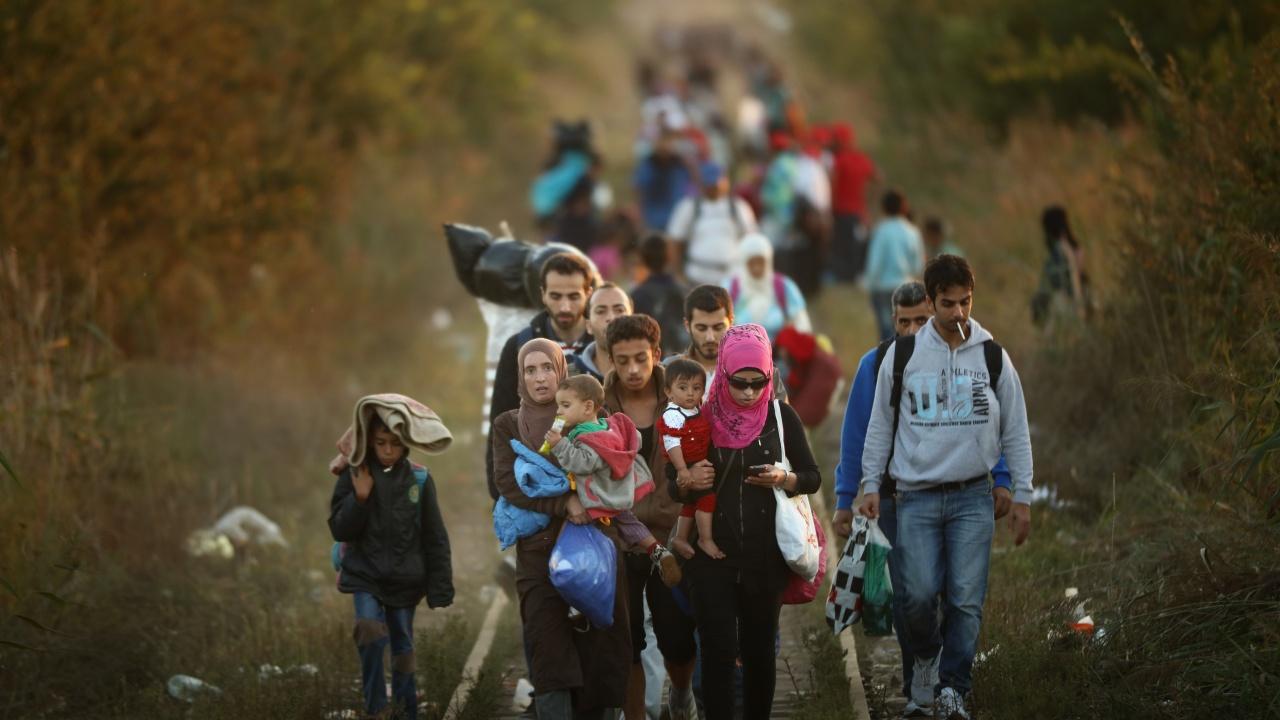 Австрийски министър обвини Турция за мигрантите