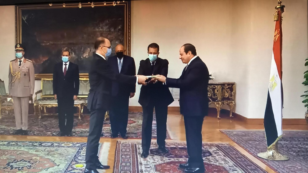 Посланик Катрачев връчи акредитивни писма на президента на Египет