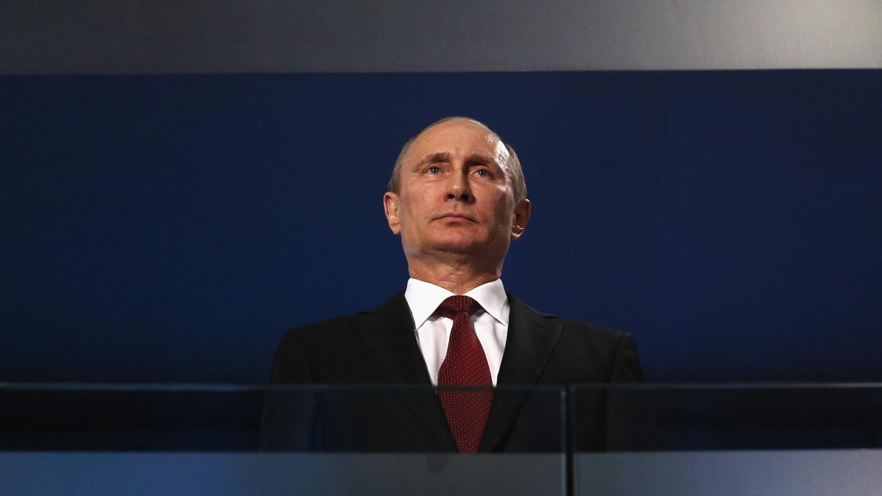 Кремъл: Хората с COVID-19 около Путин боледуват безсимптомно или в лека форма