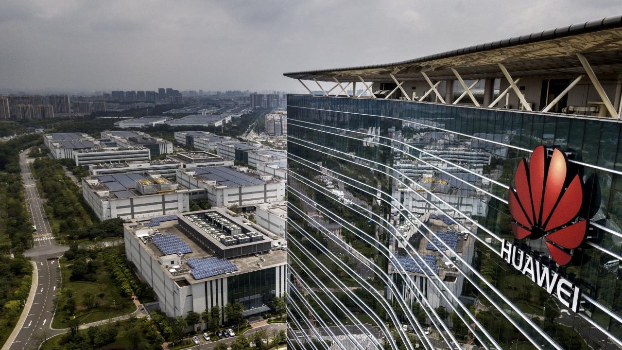 В Америка обмислят извънсъдебно споразумение с Huawei