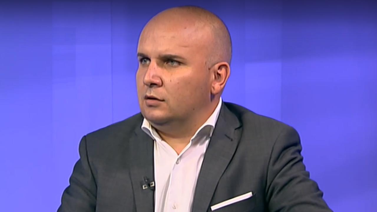Илхан Кючук:  Нелепа е тезата, че Пеевски се занимава с продажба на паспорти