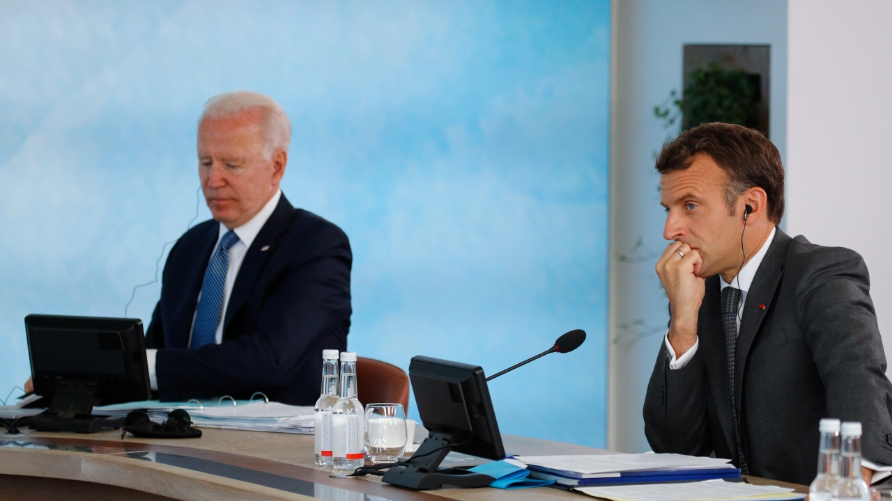 Макрон ще говори в идните дни с Байдън за дипломатическата криза между двете държави